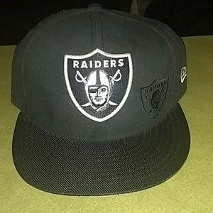 Raider fitted cap